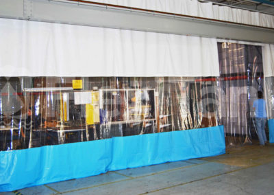 Warehouse curtain strip door