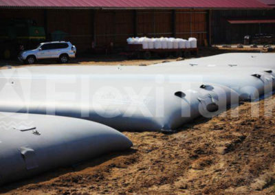 77,000 litre pillow tank farm